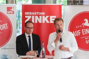Kultusminister Grant Hendrik Tonne und Landtagsabgeordneter Sebastian Zinke